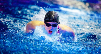 Swimmer competing in Y-Tri